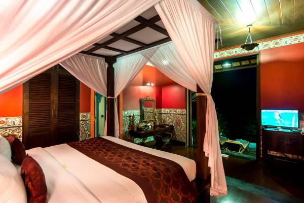 Romantic Honeymoon Villa